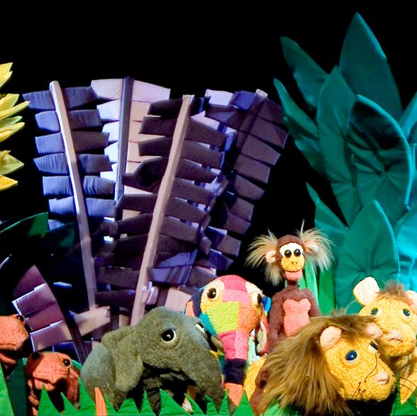 Elmo, Teatro de la Luna, el Efecto Galatea